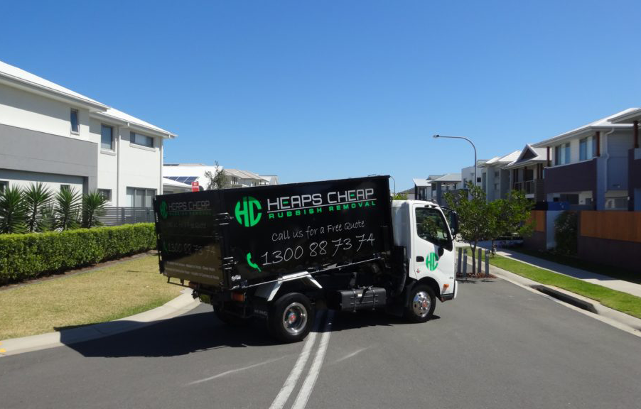 Rubbish Removal -33.899693,151.2554202